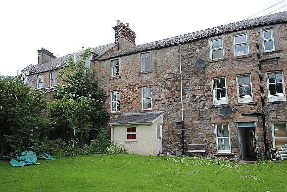Flat for sale 6 tulloch buildings ardconnel terrace for 2 6 inverness terrace